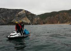 Sintra   Acção de limpeza e sensibilização ambiental na Praia da Ursa